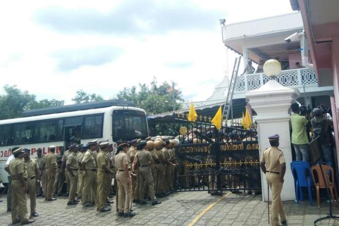 Kerala HC directs police to arrest Jacobites blocking the Piravom St Mary's Church