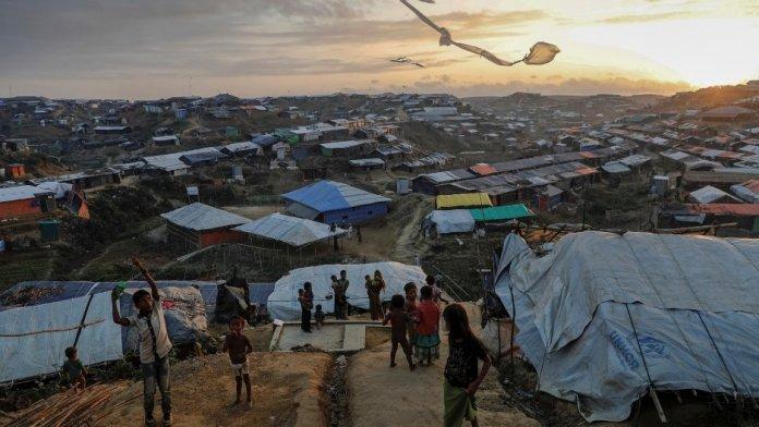 Bangladesh set to relocate Rohingya immigrants to a remote flood-prone island