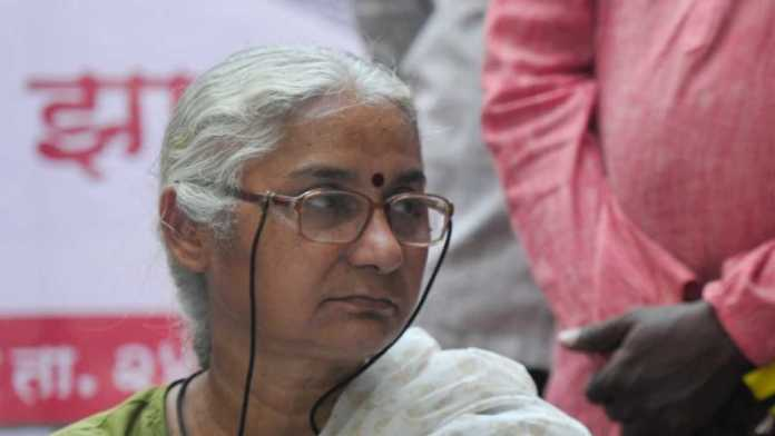 Hindu refugees confront Anti-CAA activist Medha Patkar, ask her to go and try living in Pakistan