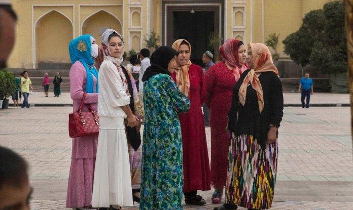 Uyghur Muslim women