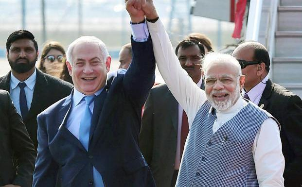 Indians extend support to Israel while 220 rockets attack them