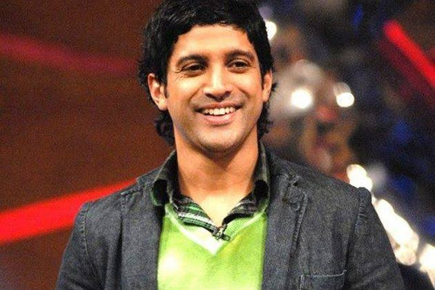 'Bigot no 1', Actor Farhan Akhtar labels a concerned citizen of India for asking him to reach out to people to contain violence