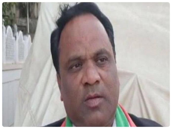 """Congress workers names his son """"Congress"""" after being inspired from his boss Rajasthan CMAshok Gehlot"""