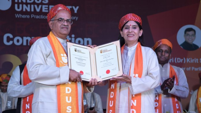 Indologist Shrikant Talageri awarded honorary D.Lit degree by Indus University