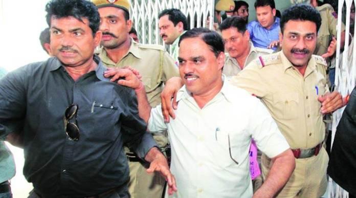 Fake Degree case: Delhi HC sets aside election of AAP leader and ex-Delhi Law minister Jitendra Singh Tomar for false declaration