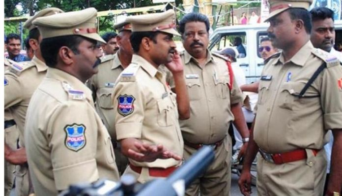 Aadhar row: Telangana police under fire for