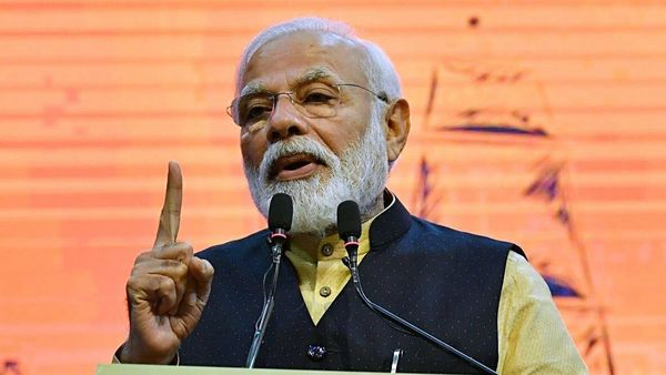 PM Modi asks SAARC countries to chalk up a joint strategy to tackle the menace of coronavirus