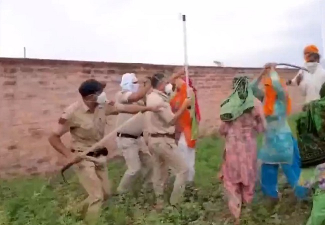 Villagers in Ambala oppose the cremation of a coronavirus suspect in their locality, clash with police and healthcare workers