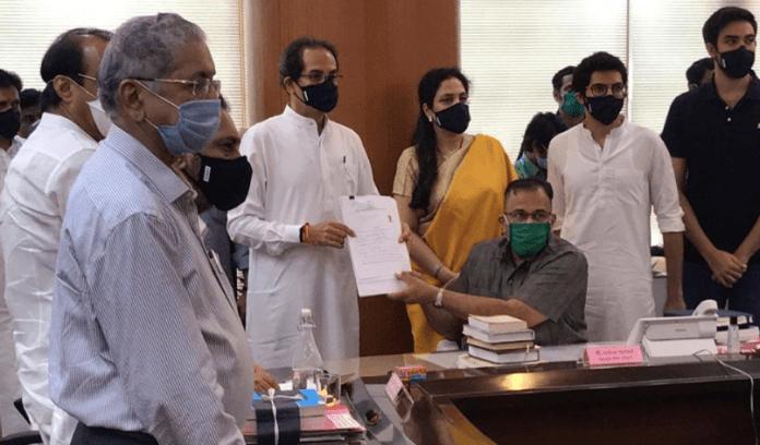 Uddhav Thackeray files nomination accompanied by family and Sena leaders