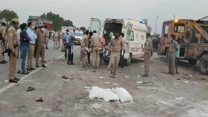 Auraiya truck accident migrant workers say that the Rajasthan police had forced them to travel on a cargo-loaded truck
