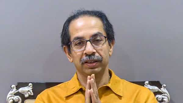 Uddhav Thackeray government struggles to pay the salaries of doctors from Kerala