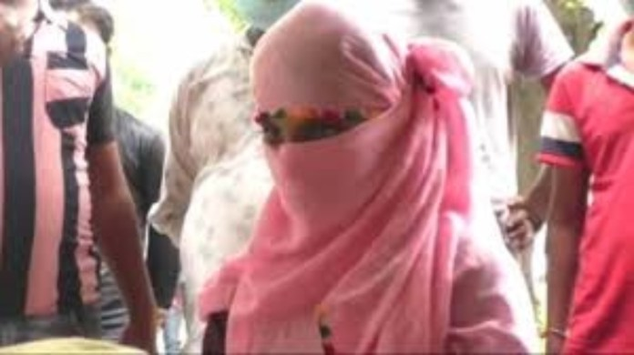 Kanpur: 18-year-old girl's family alleges that the accused Asif was already married and was pretending that the wife was his sister