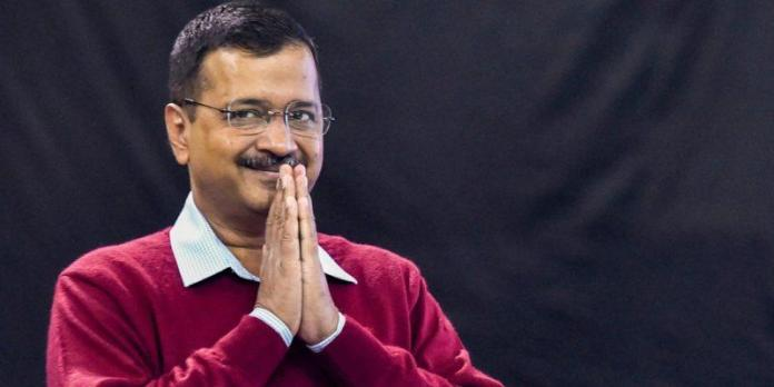 Delhi police arrest two businessmen who were transferring money to Arvind Kejriwal's AAP through shell companies