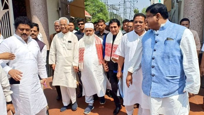 Tarun Gogoi and Badruddin Ajmal, Congress-AIUDF alliance
