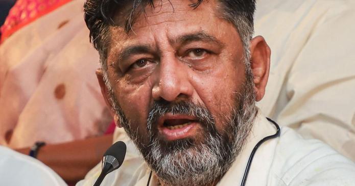 Congress leader DK Shivakumar's properties raided by the CBI
