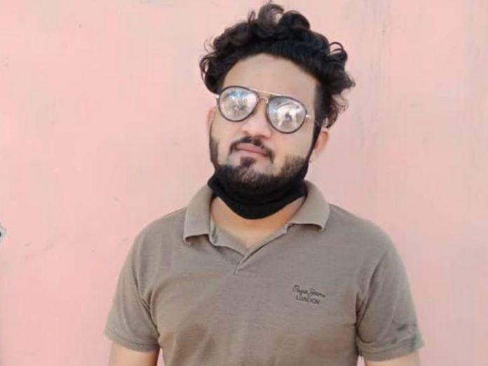 AMU activist calls for beheading on TV for blasphemy