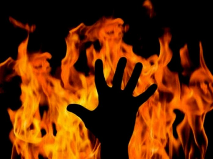 Dalit girl set herself on fire