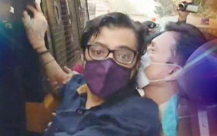 Arnab's interim bail plea rejected by Bombay HC