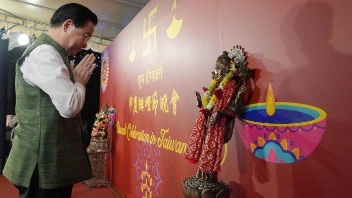 China and Taiwan wish on Diwali