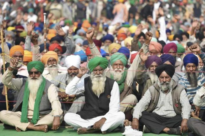 Amidst intensifying farmers' protests, farmer unions call for Bharat Bandh on December 8