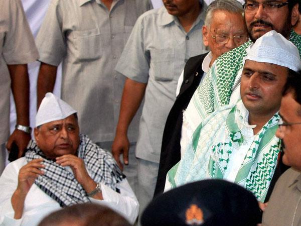 Akhilesh Yadav, son of Samajwadi patriarch Mulayam singh Yadav, has turned Ram Bhakt