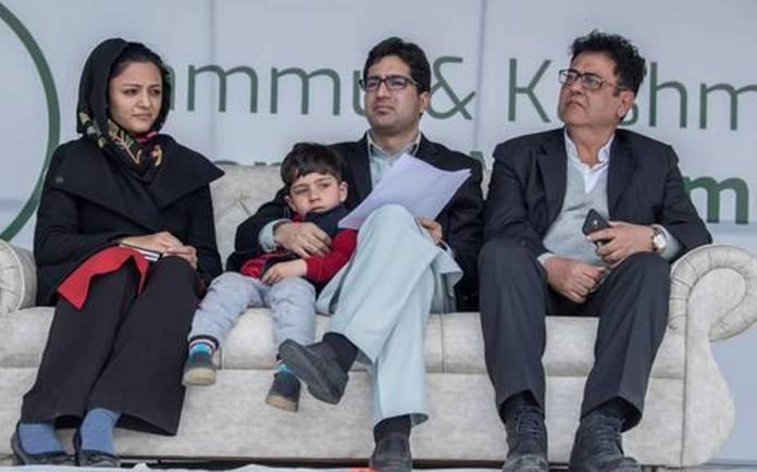 Feroz Peerzada sends defamation notice to Shehla Rashid's father