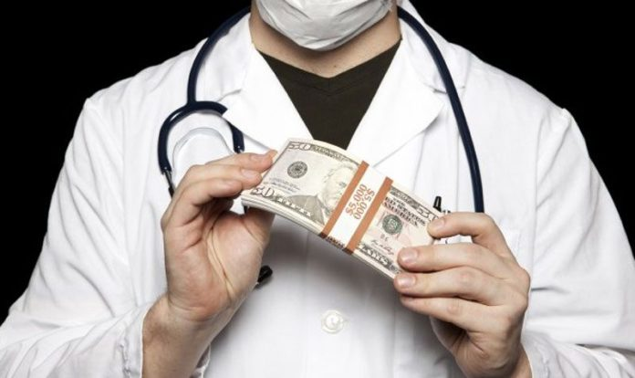 Doctor Duped woman of 1.47 crore rupees