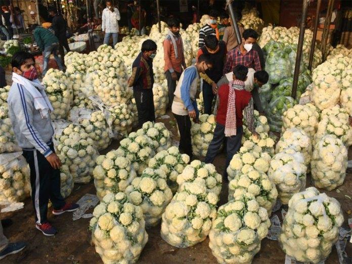 Many vegetable Mandis in Delhi remain open despite Bandh calls