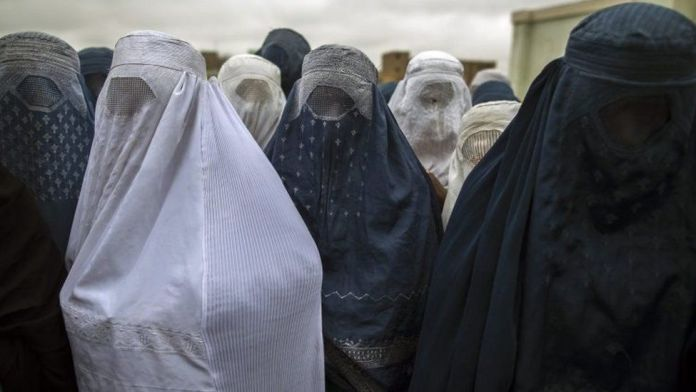 Boycott marriages attended by women without hijabs: Muslim outfit issues fatwa