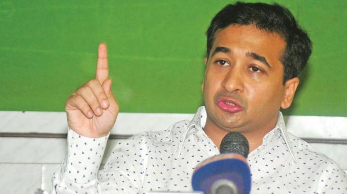 Nitesh Rane levels serious charges against Sachin Vaze