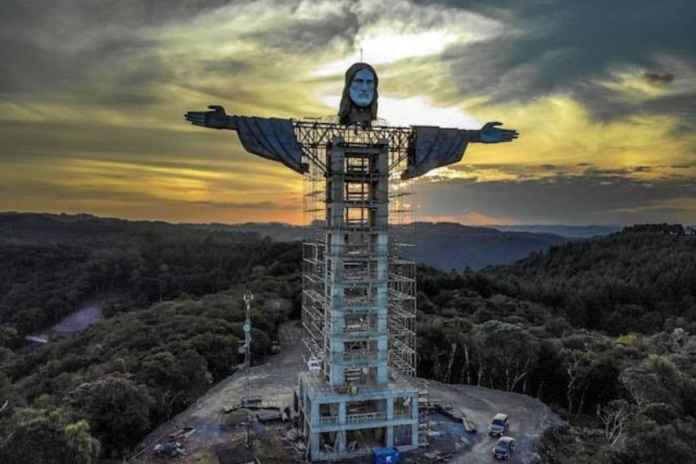 Another Christ statue dwarfing Christ the Reeder at Rio De Janero to come up in Southern Brazil