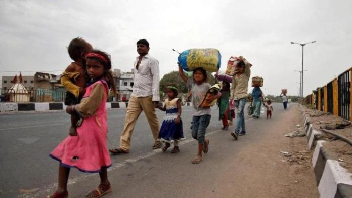 Lockdown in Maharashtra and Delhi forces migrant workers to go back to their native places