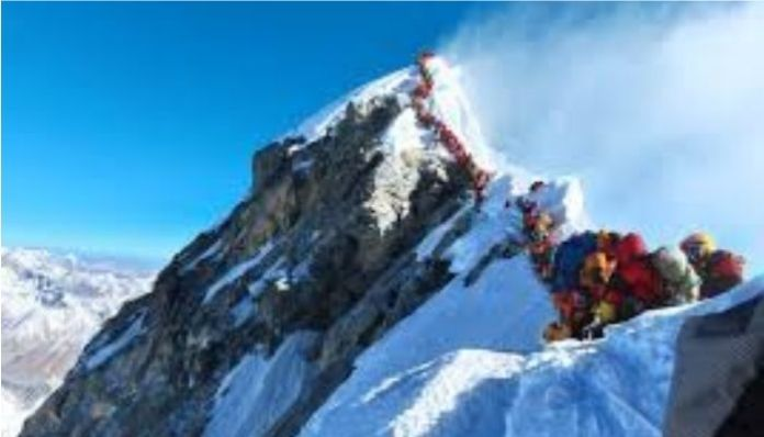 China to now set up line of separation with Nepal on Mount Everest summit