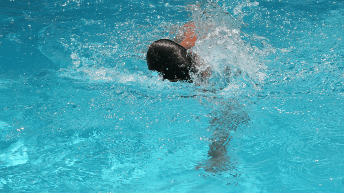 Israel: 11-year-old Jewish girl attacked by Arab girls in swimming pool