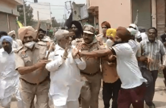 BJP leader Bhupesh Aggarwal roughed up by farmer protestors