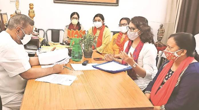 Uttar Pradesh women teachers association demands 3-day 'period leave' every month citing poor condition of toilets in schools