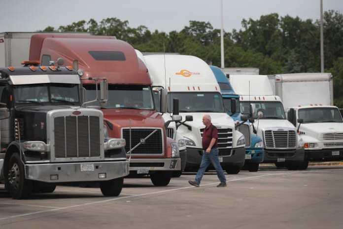 Australian truckers threaten to shut down the country as COVID insanity sweeps Australia