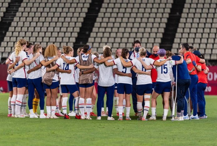 Americans cheer as 'woke' US women's soccer team loses to Canada in Tokyo Olympics semifinals