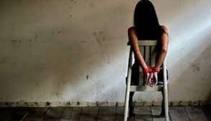 Pakistan: Christian girl kidnapped forcibly converted to Islam by one Zahid