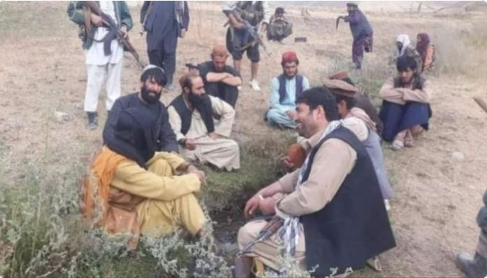 Afghanistan: 6 Pakistanis associated with Taliban surrender before resistance forces