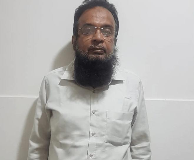 Gujarat police reaches UP to arrest Umar Gautam and Salahuddin Sheikh