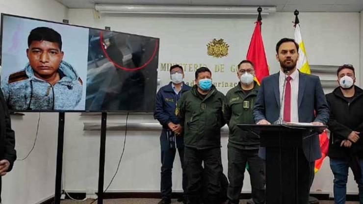 Policía aprehende al ministro de Desarrollo Rural Edwin Characayo por  recibir soborno - El País - Opinión Bolivia