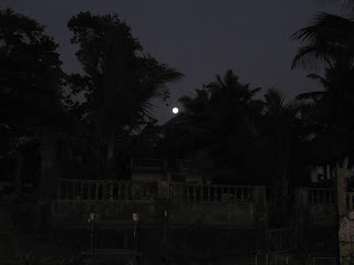 As the night descends and the moon appears from the opposite side Goa becomes even more beautiful