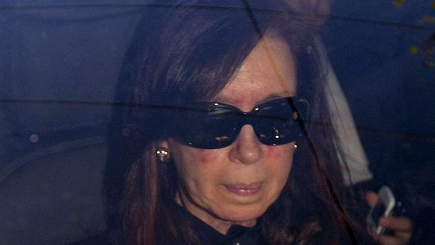 La Presidenta de la Nación al ingresar a la Fundación Favaloro - Foto: DyN