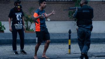 Screenshot_2020-07-20-Uma-polícia-seletiva-PM-do-Rio-associa-partidos-de-oposição-a-vandalismo-e-elogia-bolsonaristas-em-at…