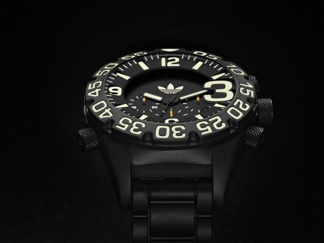 adidas-originals-Ltd-Edition-watch3