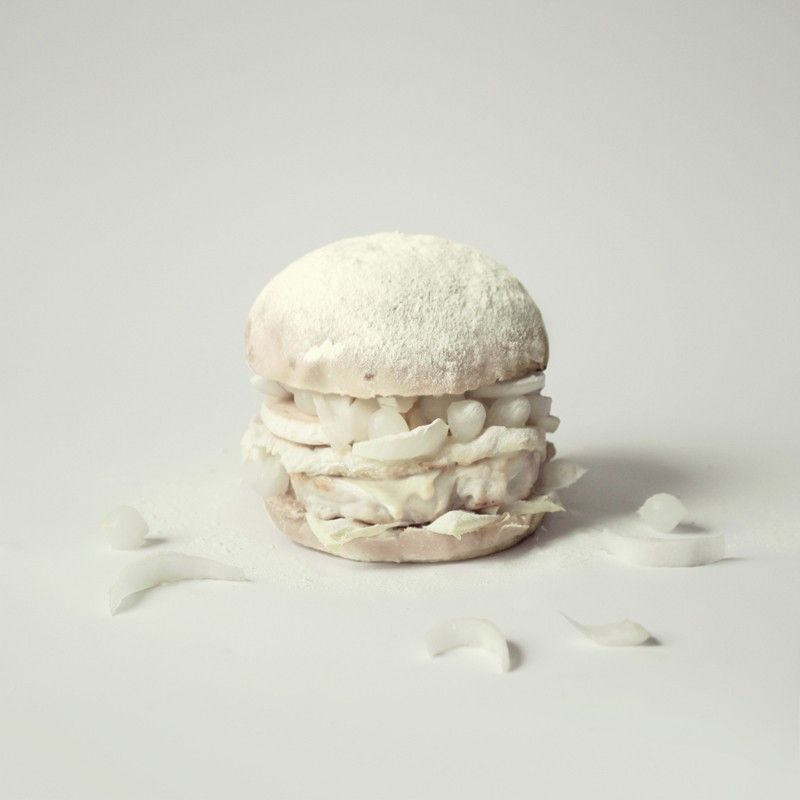 Burger Blanc sur Fond Blanc