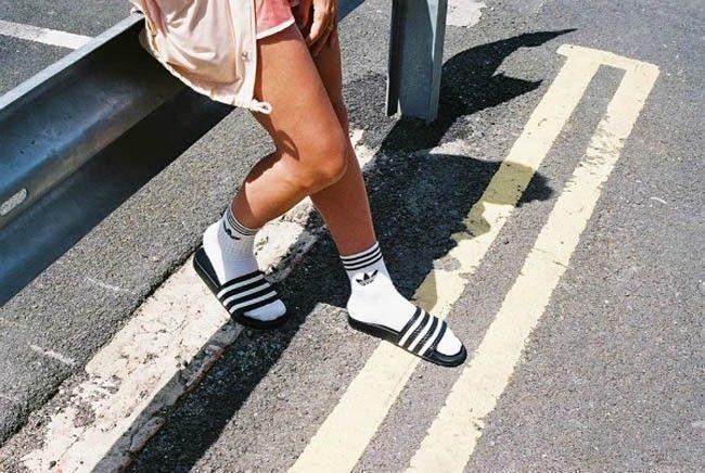 été-pool-slides-adidas