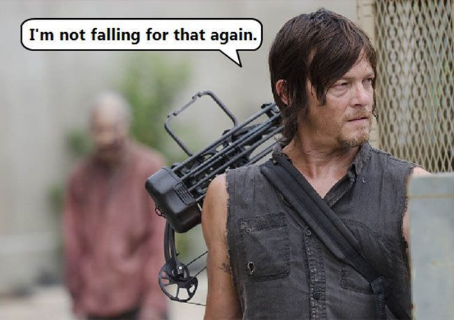 Norman-Reedus-Daryl-Dixon-The-Walking-Dead-zombie-prank