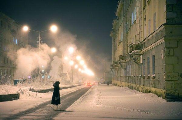 elena-chernyshova-days-of-the-night-3